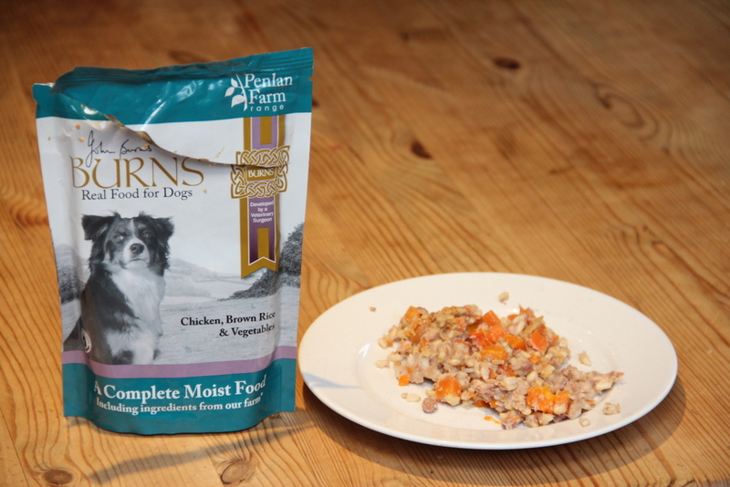 Burns Moist Dog Food: you can see the fresh ingredients for yourself